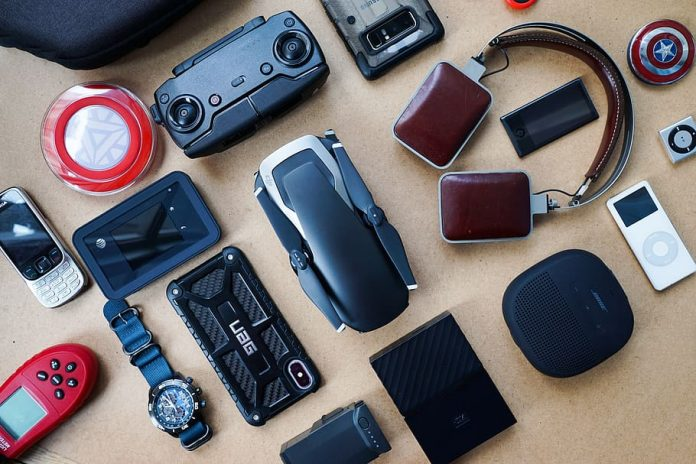 Interesting Travel Gadgets One Should Really Invest In